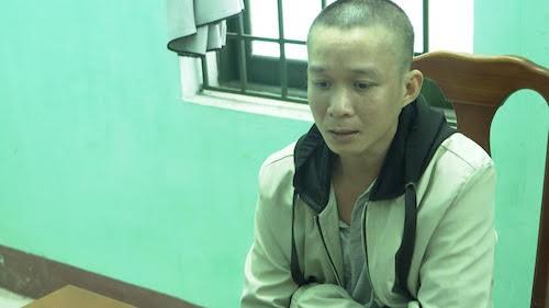Bat doi tuong gia danh nhan vien san bay lua dao qua mang-Hinh-2