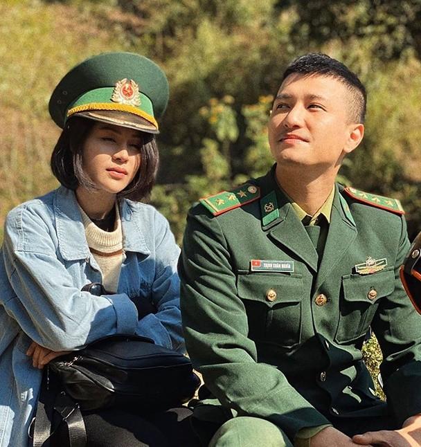 Hinh anh tren phim va ngoai doi cua Thu Trang-Hinh-7