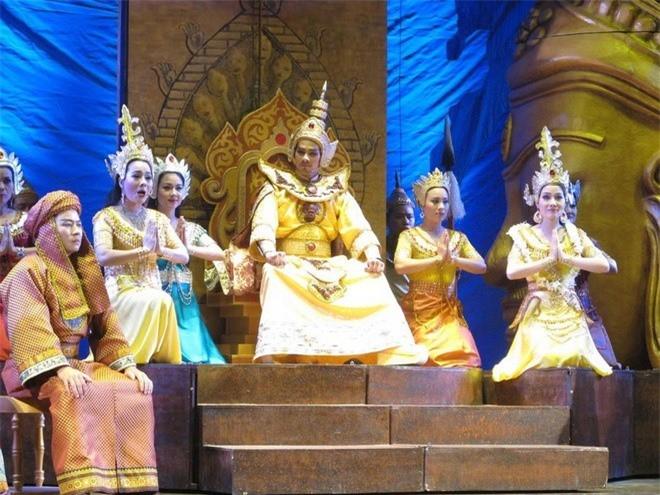 Vua Viet nao coi hoang bao dap cho thu cap tuong Mong Co?-Hinh-6