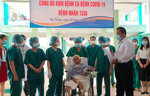 Benh nhan COVID-19 nang nhat Viet Nam khoi benh