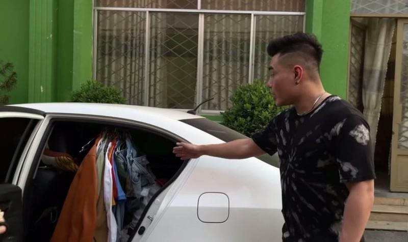 Le Duong Bao Lam bi dong nghiep che xe cho nguyen cua hang ban si-Hinh-2