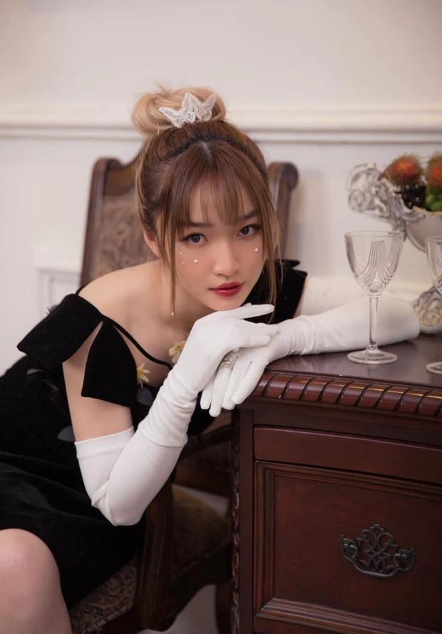 "Gai xinh Toc Chien ""do sac"": Tu nu game thu sexy den HLV ca tinh-Hinh-2"
