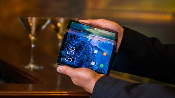 Soi can canh tablet ba man hinh gap cua Samsung sap ra mat-Hinh-10