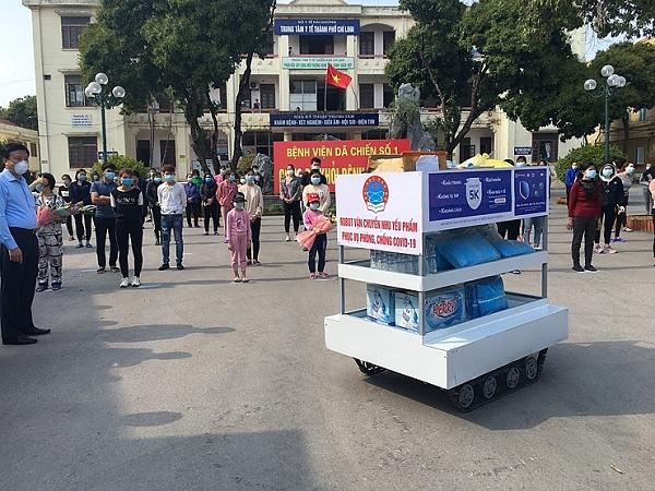 Che tao thanh cong robot van chuyen nhu yeu pham chong COVID-19-Hinh-2