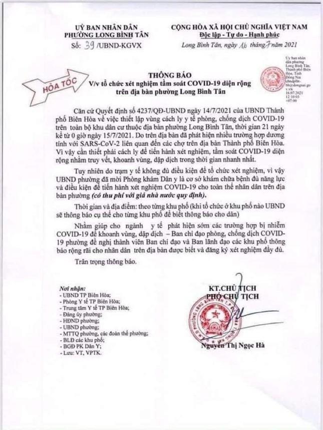 'Choang' voi viec UBND phuong to chuc xet nghiem toan dan co thu phi