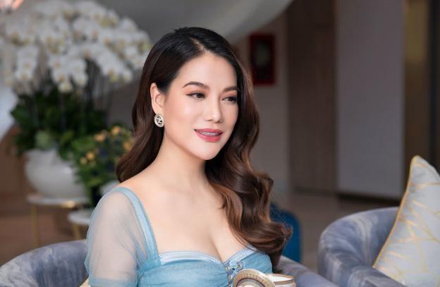 Sao lam dep: Tuoi 45, lam the nao xinh non nhu Truong Ngoc Anh?