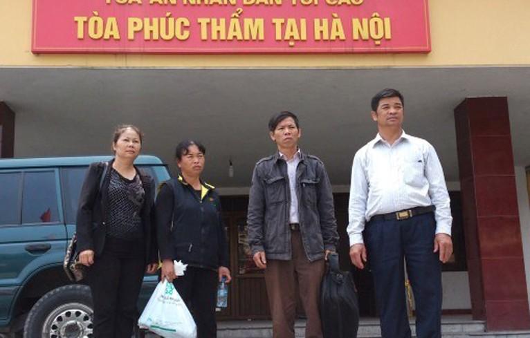 Ong Chan de nghi khen thuong vi cong lam ro vu an