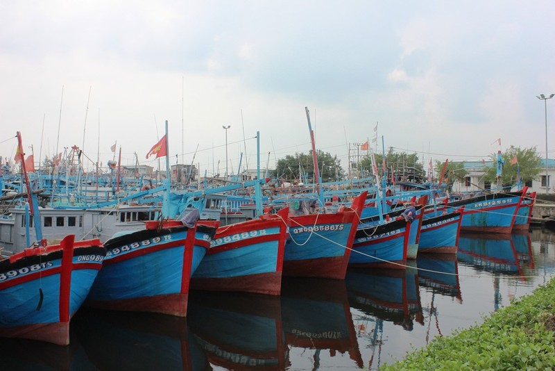 Bao so 6 tien gan Quang Ngai - Khanh Hoa dien bien rat phuc tap
