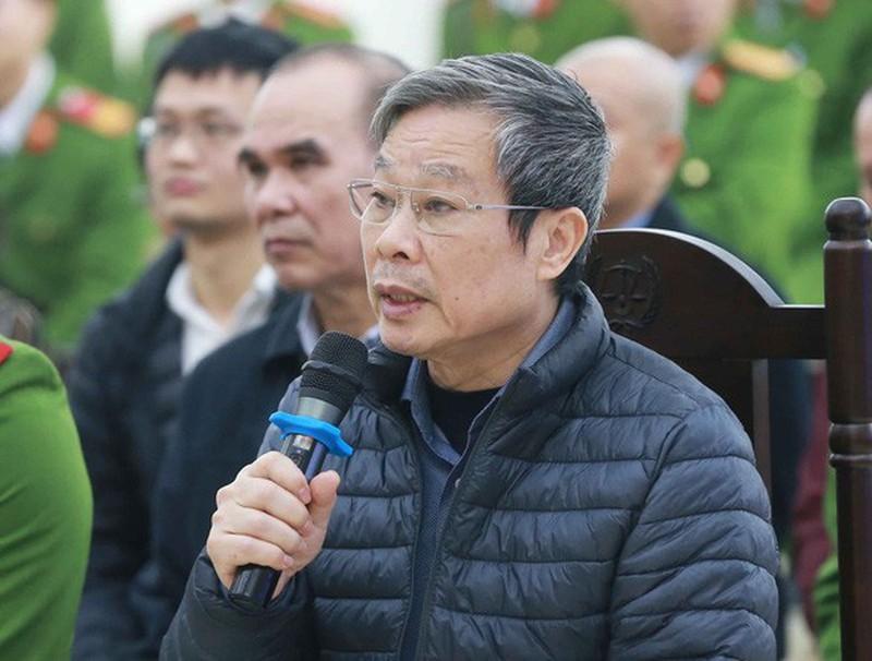 Xet xu AVG: Cuu Bo truong Son lai khai nhan 3 trieu USD nhung khong dua cho con gai