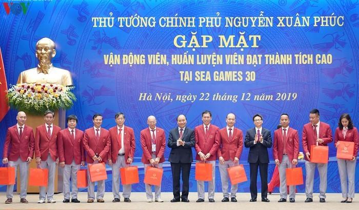 Thu tuong gap mat cac VDV dat thanh tich cao tai SEA Games 30-Hinh-6