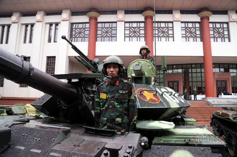 Bo doi xe tang, xe boc thep manh nhat Viet Nam tu hoi trong ngay dac biet-Hinh-10