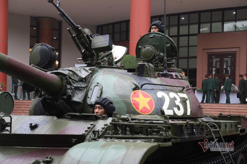 Bo doi xe tang, xe boc thep manh nhat Viet Nam tu hoi trong ngay dac biet-Hinh-11