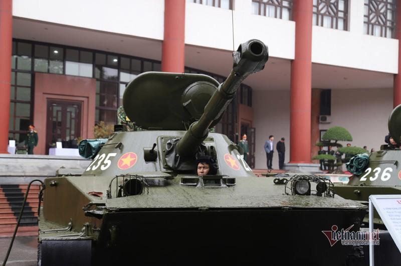 Bo doi xe tang, xe boc thep manh nhat Viet Nam tu hoi trong ngay dac biet-Hinh-12