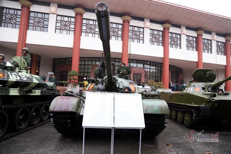 Bo doi xe tang, xe boc thep manh nhat Viet Nam tu hoi trong ngay dac biet-Hinh-15