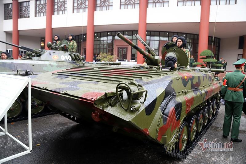 Bo doi xe tang, xe boc thep manh nhat Viet Nam tu hoi trong ngay dac biet-Hinh-4