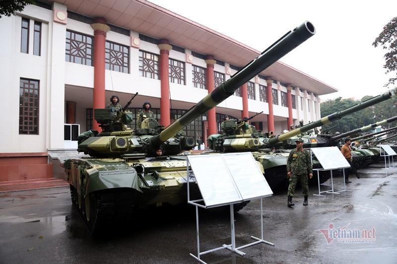 Bo doi xe tang, xe boc thep manh nhat Viet Nam tu hoi trong ngay dac biet-Hinh-6