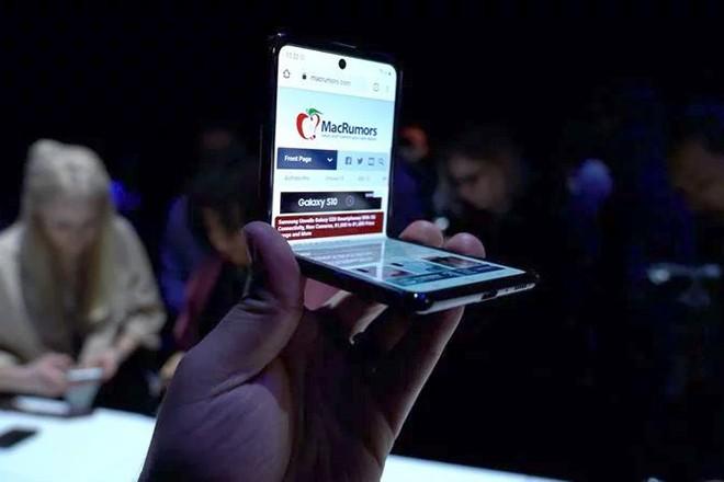 Nen chon ai giua Galaxy S20, Galaxy Z Flip va iPhone 11 Pro?-Hinh-3