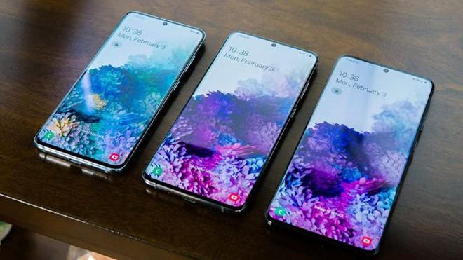 Nen chon ai giua Galaxy S20, Galaxy Z Flip va iPhone 11 Pro?