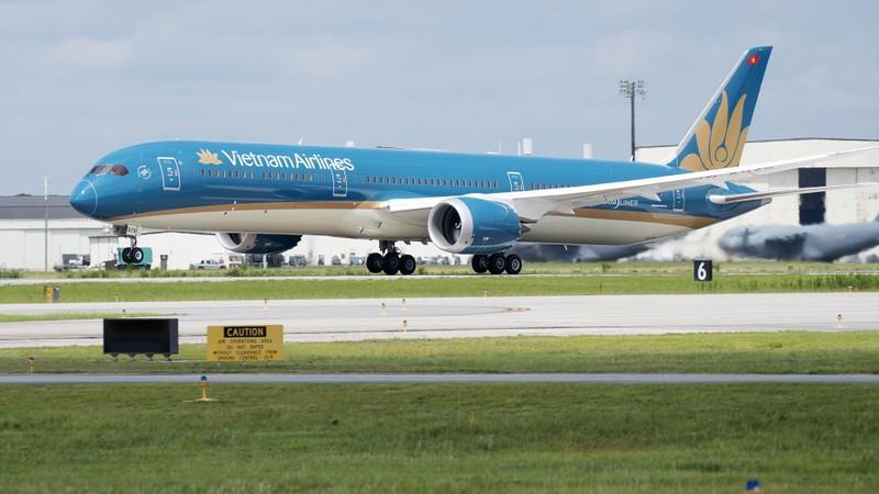Vietnam Airlines tam dung cho khach tu chau Au ve de phong chong dich Covid-19