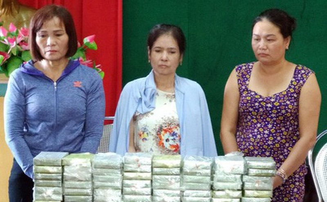 Ba chu hang xe khach cam dau nhom buon 80 banh heroin-Hinh-2