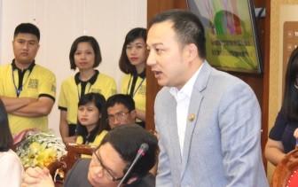 "Cong ty Beepro bi to ""bo roi"" 106 cay co thu cua Ha Noi: Ong Tran Vuong Long la ai?-Hinh-2"