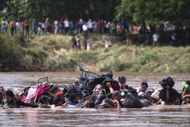 My dieu 5.200 linh den bien gioi Mexico de chan nguoi nhap cu-Hinh-2