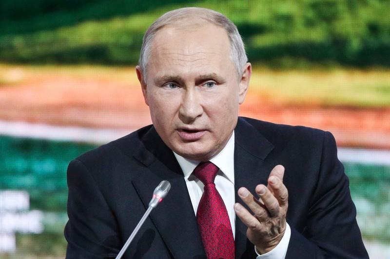 Nga sua Hien phap, ong Vladimir Putin se lam Tong thong tron doi?