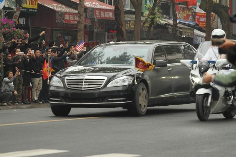 Chu tich Trieu Tien Kim Jong-un ve den khach san Melia, Ha Noi-Hinh-4