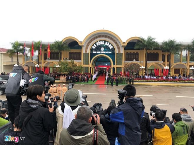Chu tich Trieu Tien Kim Jong-un ve den khach san Melia, Ha Noi-Hinh-15