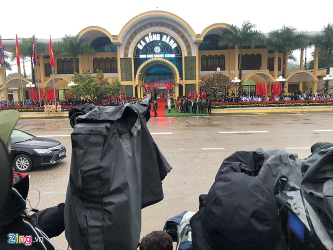 Chu tich Trieu Tien Kim Jong-un ve den khach san Melia, Ha Noi-Hinh-19