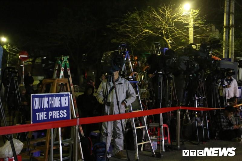 Chu tich Trieu Tien Kim Jong-un ve den khach san Melia, Ha Noi-Hinh-32