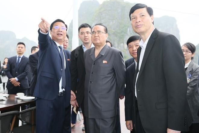 Tong thong Trump khen Chu tich Kim la nha lanh dao tuyet voi-Hinh-38