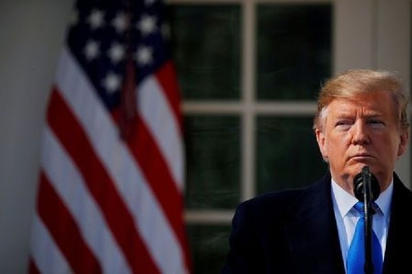 Vua khoi dong tranh cu, tien o at rot vao ong Trump