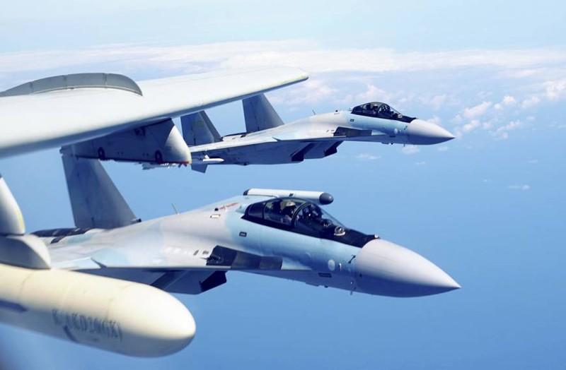 2,5 ty USD con qua it, Nga hoi Trung Quoc mua them Su-35