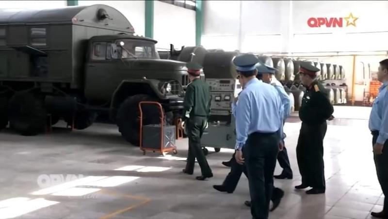 Hinh anh kho vu khi hang dau Viet Nam voi ten lua Scud va S-300-Hinh-3