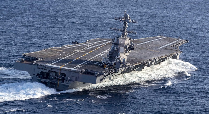 My phat met voi sieu tau san bay tau san bay USS Gerald R. Ford-Hinh-9