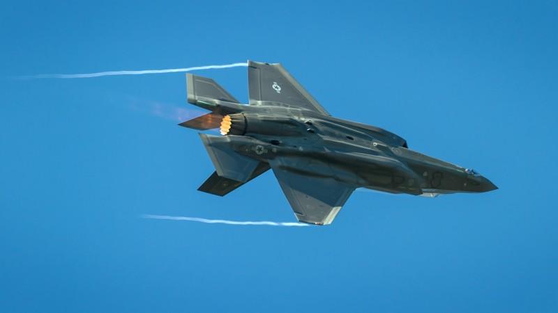 Sau mot nam, tiem kich F-35 bot dc hai loi, con 871 van de!-Hinh-14