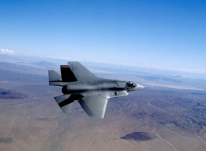 Sau mot nam, tiem kich F-35 bot dc hai loi, con 871 van de!-Hinh-3