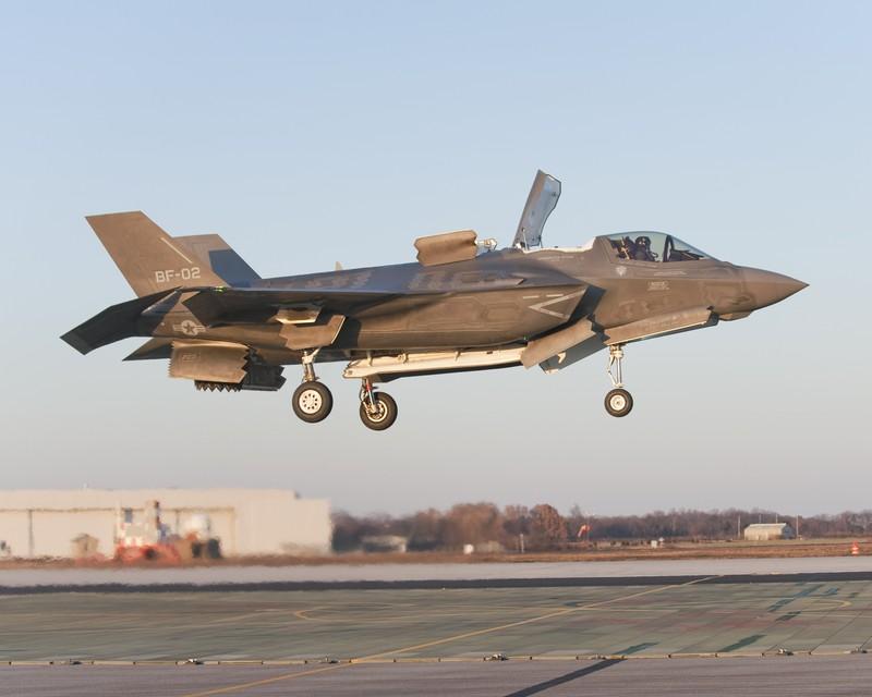 Sau mot nam, tiem kich F-35 bot dc hai loi, con 871 van de!-Hinh-5