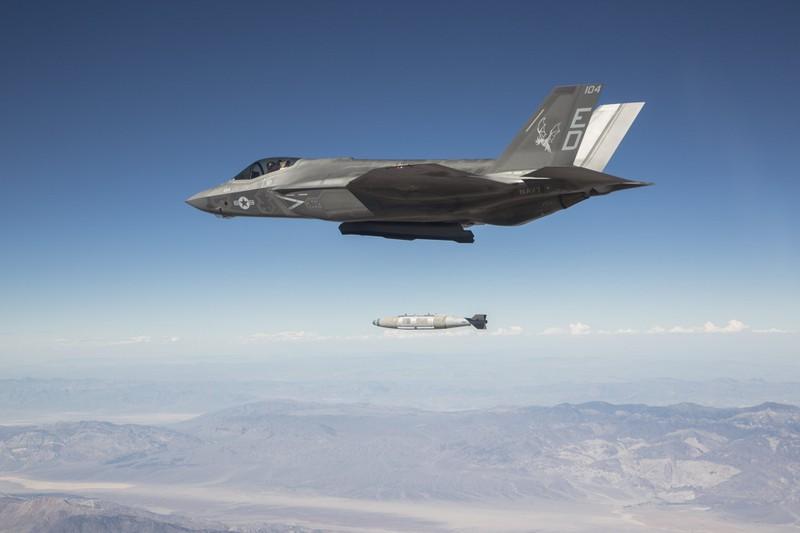 Sau mot nam, tiem kich F-35 bot dc hai loi, con 871 van de!-Hinh-8
