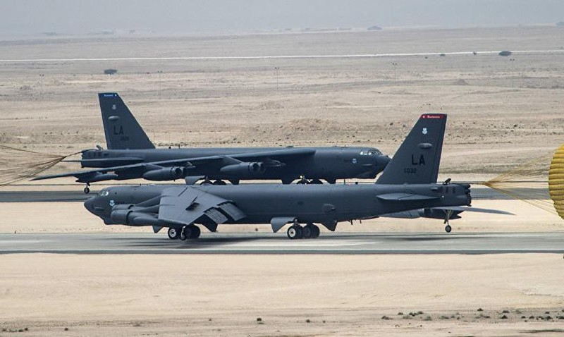 Mỹ lại tiếp tục dùng Pháo Đài Bay B-52H rằn mặt Iran