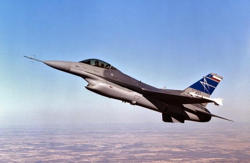 Israel ban tiem kich F-16 gia cuc re, chi nhinh 70 ty Dong moi chiec-Hinh-13