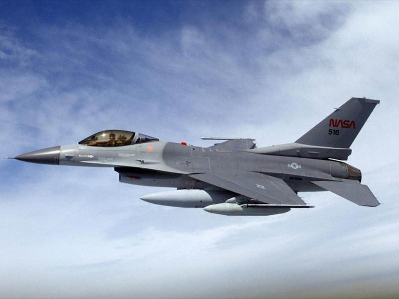 Israel ban tiem kich F-16 gia cuc re, chi nhinh 70 ty Dong moi chiec-Hinh-5