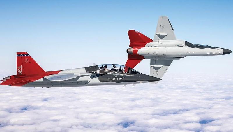 Bao boi doc quyen cua My chuyen dung de huan luyen phi cong F-22-Hinh-13