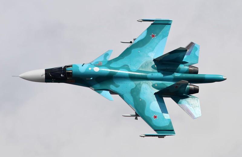 Khac tinh cua tiem kich - bom Su-34: Khong tuong dong cung tuong duong!-Hinh-3
