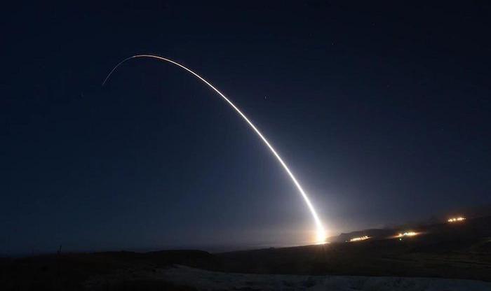 Loai ten lua duy nhat cua My xuyen qua duoc tuyen phong ve Nga-Hinh-8