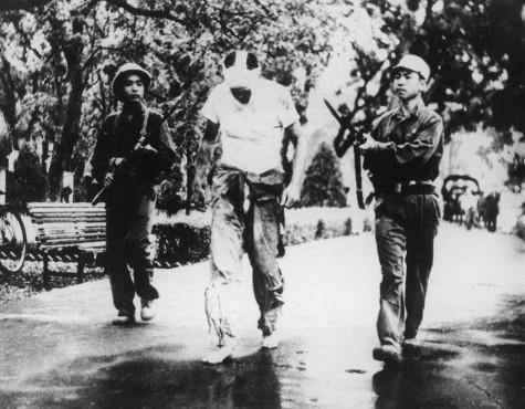 Ha Noi Hilton tiep don bao nhieu tu binh My trong Chien tranh Viet Nam?-Hinh-7