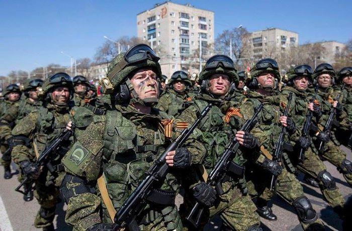 Quân đội Nga mệt mỏi với chuyện lính ăn trộm quân phục mang đi bán