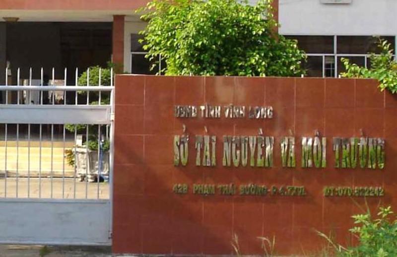 Ky luat Pho giam doc So Tai nguyen va Moi truong Vinh Long
