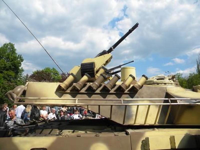 Xe tang T-64E Ukraine thanh ke huy diet nho phao tu dong 2 nong cuc manh-Hinh-8